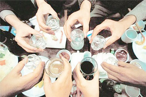 5 cách đơn giản mà hiệu quả bảo vệ dạ dày khi uống rượu bia – Đại Bắc Group