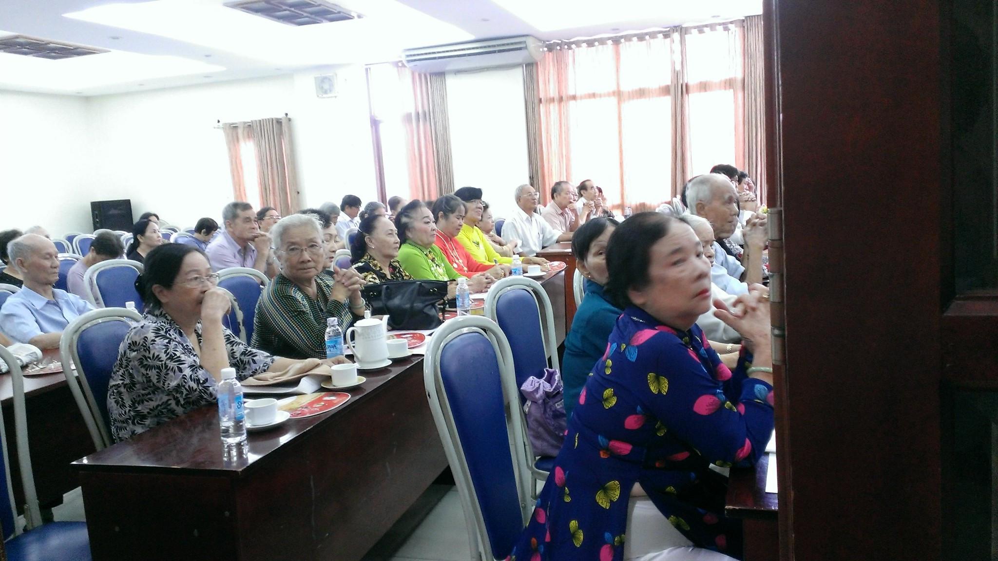 """6/6 hàng năm – """"Ngày truyền thống Người cao tuổi Việt Nam"""" đồng thời là ngày """"Toàn xã hội chăm sóc và phát huy vai trò Người cao tuổi"""""""